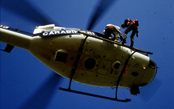 Helicopter Class D External Load Training Calgary Alberta Canada - two people coming down from a helicopter