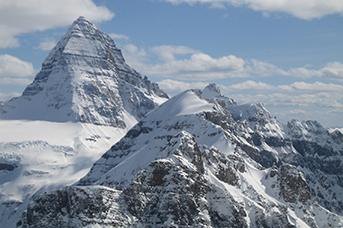 Mount Assiniboine Helicopter Tour